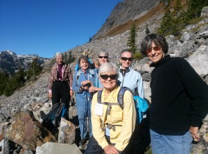 Women on Wed.hike to Red Pass on the Pacific Crest Trail